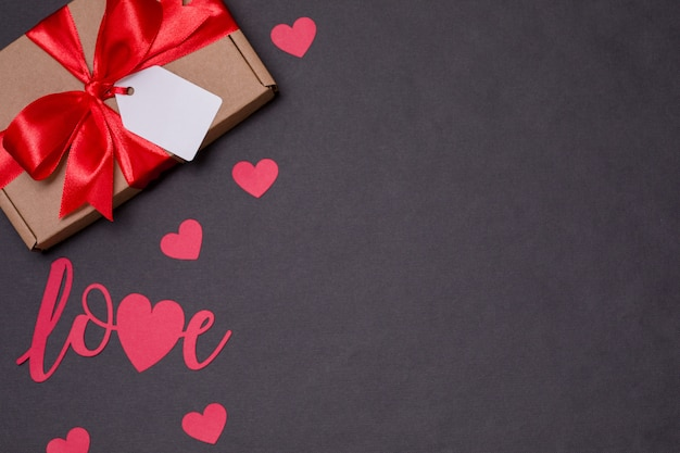 Saint-valentin romantique fond sans couture, noeud cadeau, présent, amour, coeurs
