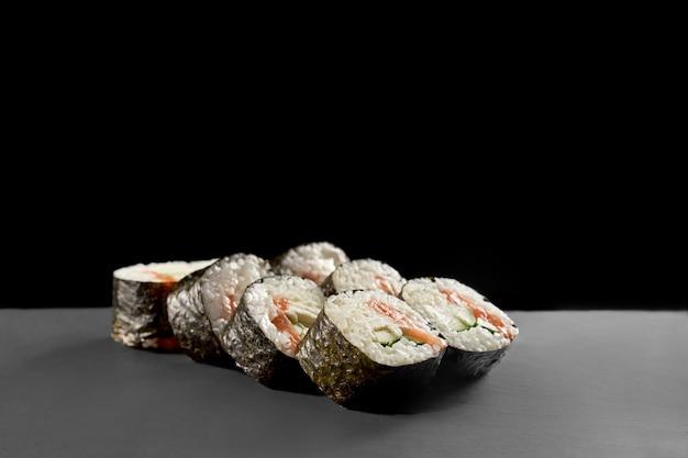 Saké maki avec kappa.