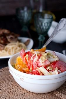 Salade au chou frais