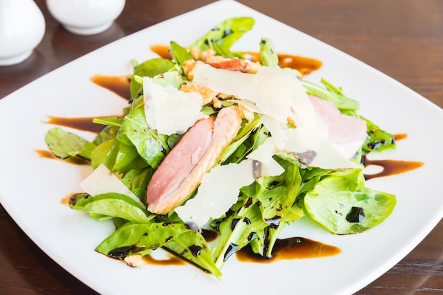 Salade de canard fumée