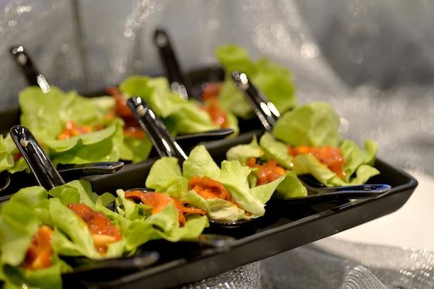 Salade de fruits de mer épicée