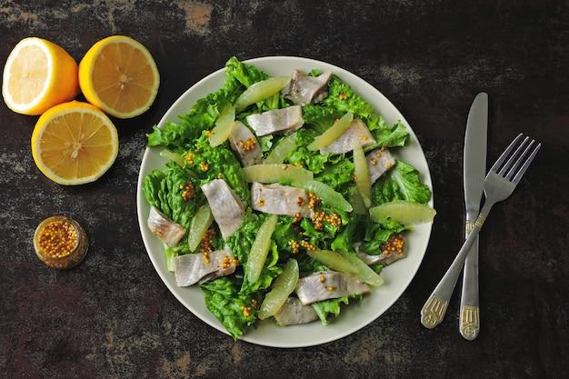Salade de hareng et filet de citron.