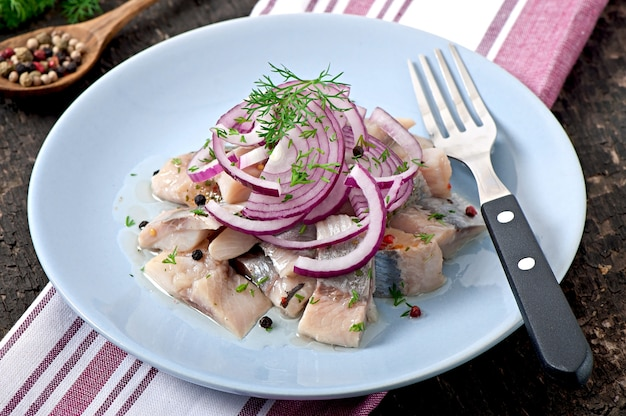 Salade de hareng à l'oignon