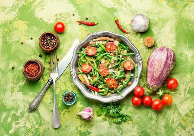 Salade de haricots asperges