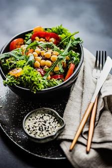 Salade de légumes bio