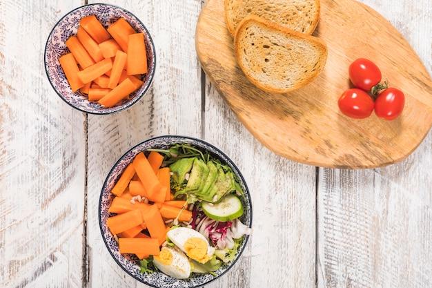 Salade et pain