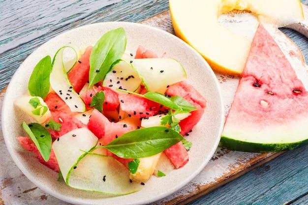 Salade à la pastèque et au melon