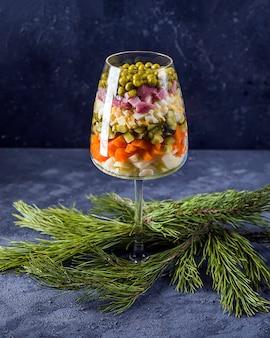 Salade russe du nouvel an winter ou olivie