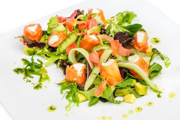 Salade de saumon aux légumes verts