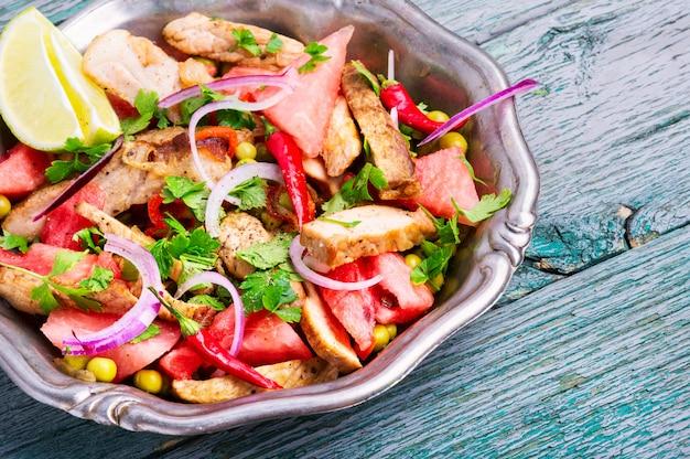 Salade de viande à la pastèque
