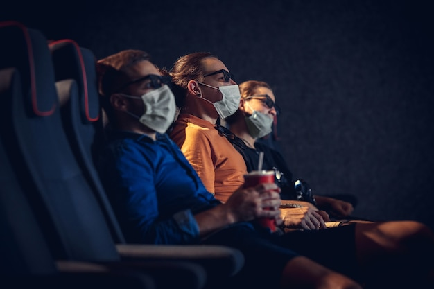 Salle de cinéma pendant la quarantaine