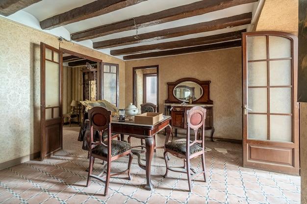 Salon d'une maison classique