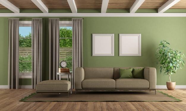Salon moderne avec canapé, repose-pieds et mur végétalisé
