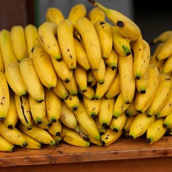 San ignacio, grappe de bananes