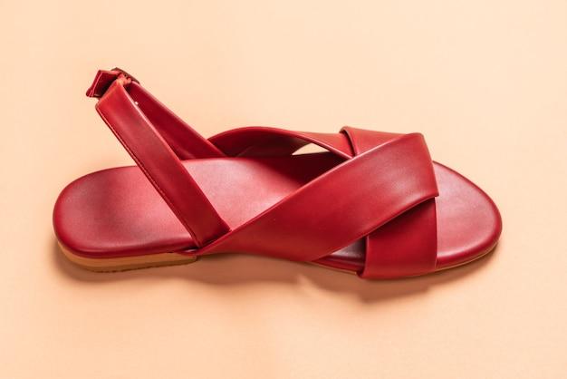 Sandale femme en cuir avec bride arrière