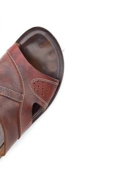 Sandales en cuir pour hommes isolés vue de dessus
