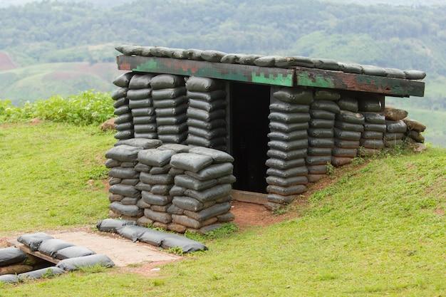 Sandbag bunker de la base militaire