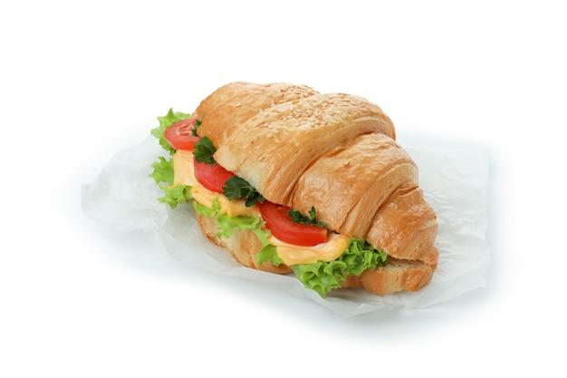 Sandwich croissant savoureux isolé sur blanc