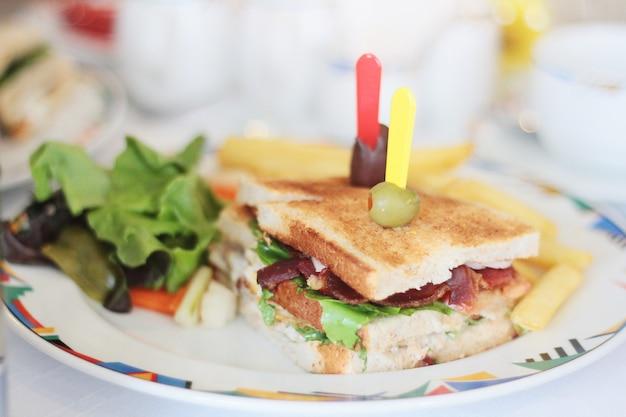 Sandwich à la viande