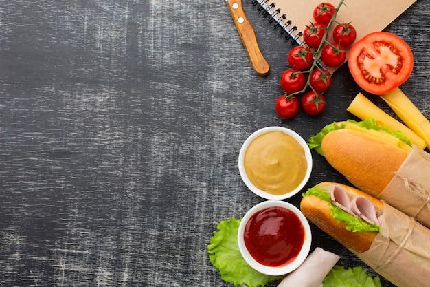 Sandwichs gastronomiques avec espace copie