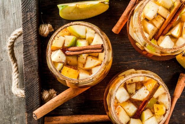 Sangria chaude aux pommes, cidre de pomme