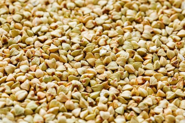 Sarrasin vert cru, aliment végétalien biologique. texture