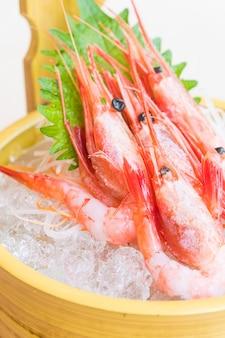 Sashimi de crevettes crues et fraîches