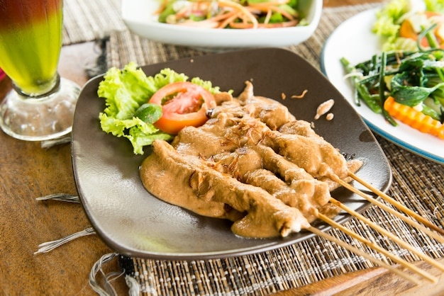 Sate ayam - nourriture biologique de bali