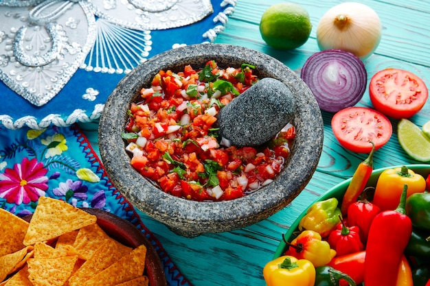 Sauce pico de gallo du mexique à la molcajete