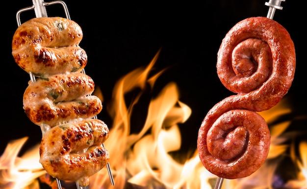 Saucisse cuiabana, barbecue brésilien traditionnel.