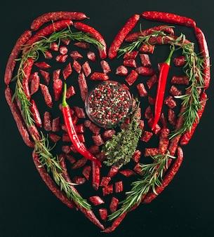 Saucisses de chasse saucisses en forme de coeur