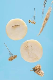 Savon artisanal naturel à base d'herbes