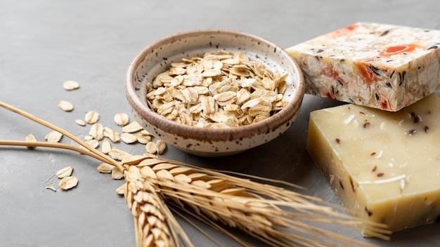 Savon artisanal naturel de blé high view