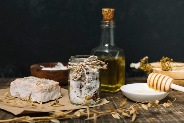 Savon naturel à l'huile d'olive et au miel