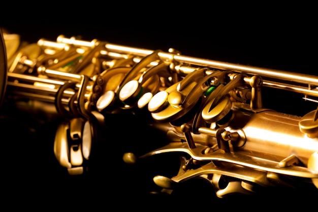 Saxophone doré saxophone doré macro mise au point