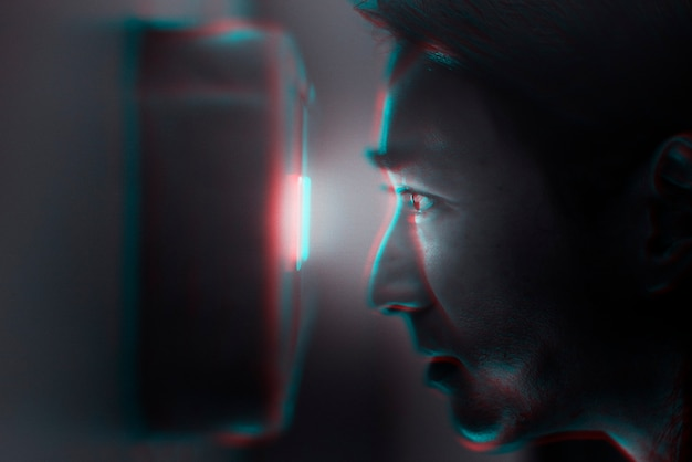 Scans Retina Et Technologie De Sécurité En Effet D'exposition Double Couleur Photo gratuit