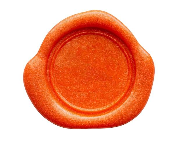 Sceau de timbre de cire rouge isolé sur fond blanc