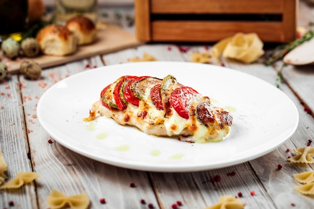 Schnitzel milan dinde filet tomates courgettes