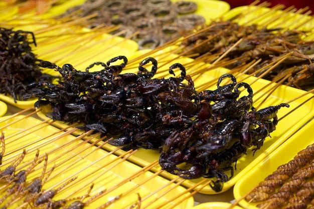 Scorpions frits à la nourriture de la rue wangfujing en chine
