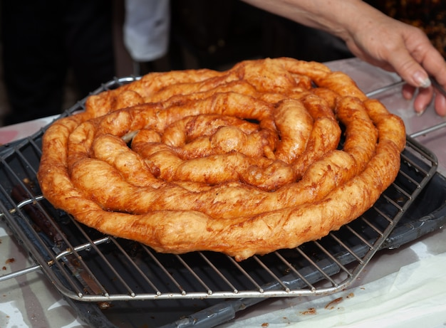 Scrippella, douce frite typique de mondragone.