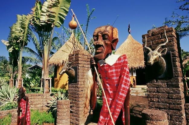 Sculpture sur bois masaï au kenya