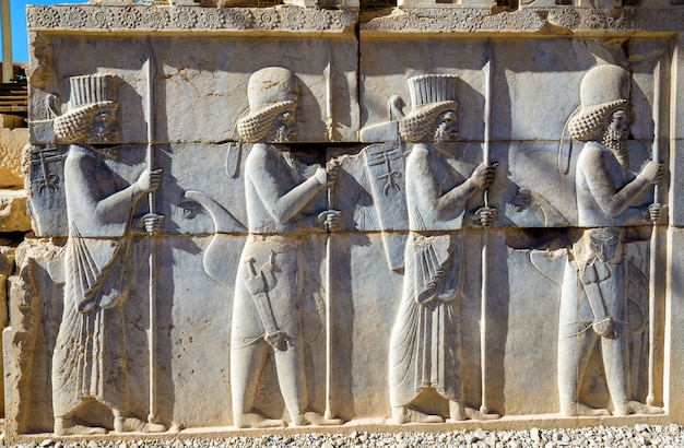 Sculpture perse ancienne à persépolis - iran