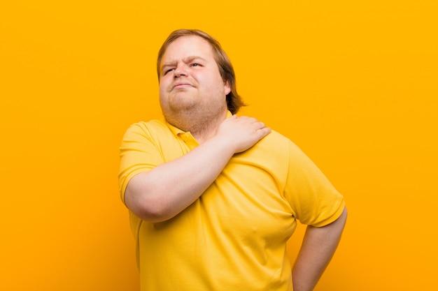 Se sentir anxieux, malade, malade et malheureux, souffrant de maux d'estomac ou de grippe douloureux