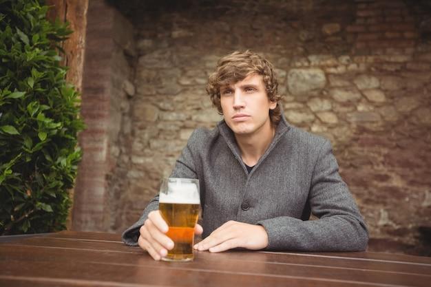 Séance, barre, verre, bière, table