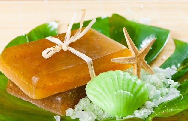Sel, étoile de mer et savon artisanal