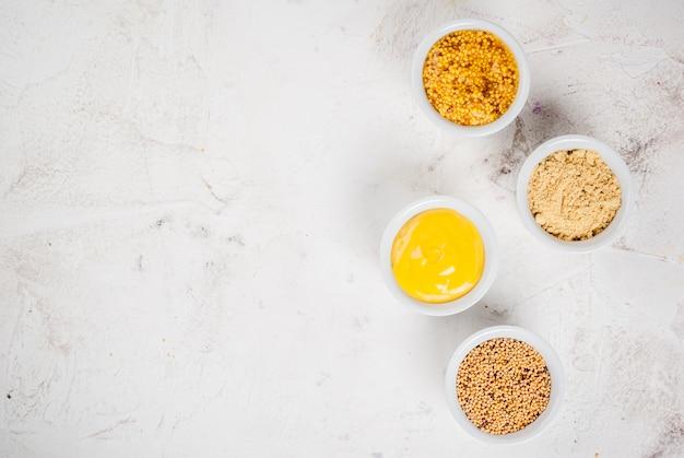 Sélection de 4 sortes de moutarde