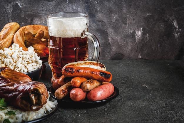 Sélection de plats allemands traditionnels de l'oktoberfest
