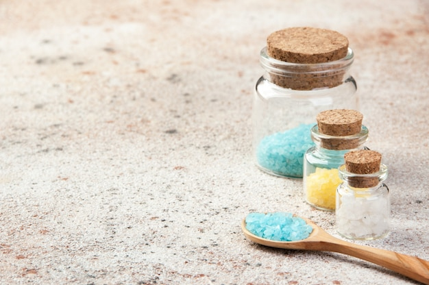 Sels de bain en bouteilles de verre