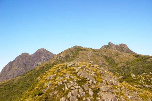 Sentier des marins x itaaguare dans le massif de mantiqueira