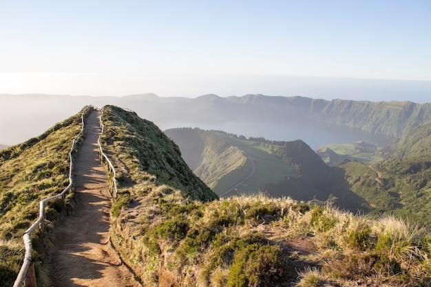 Sentier de randonnée aux açores